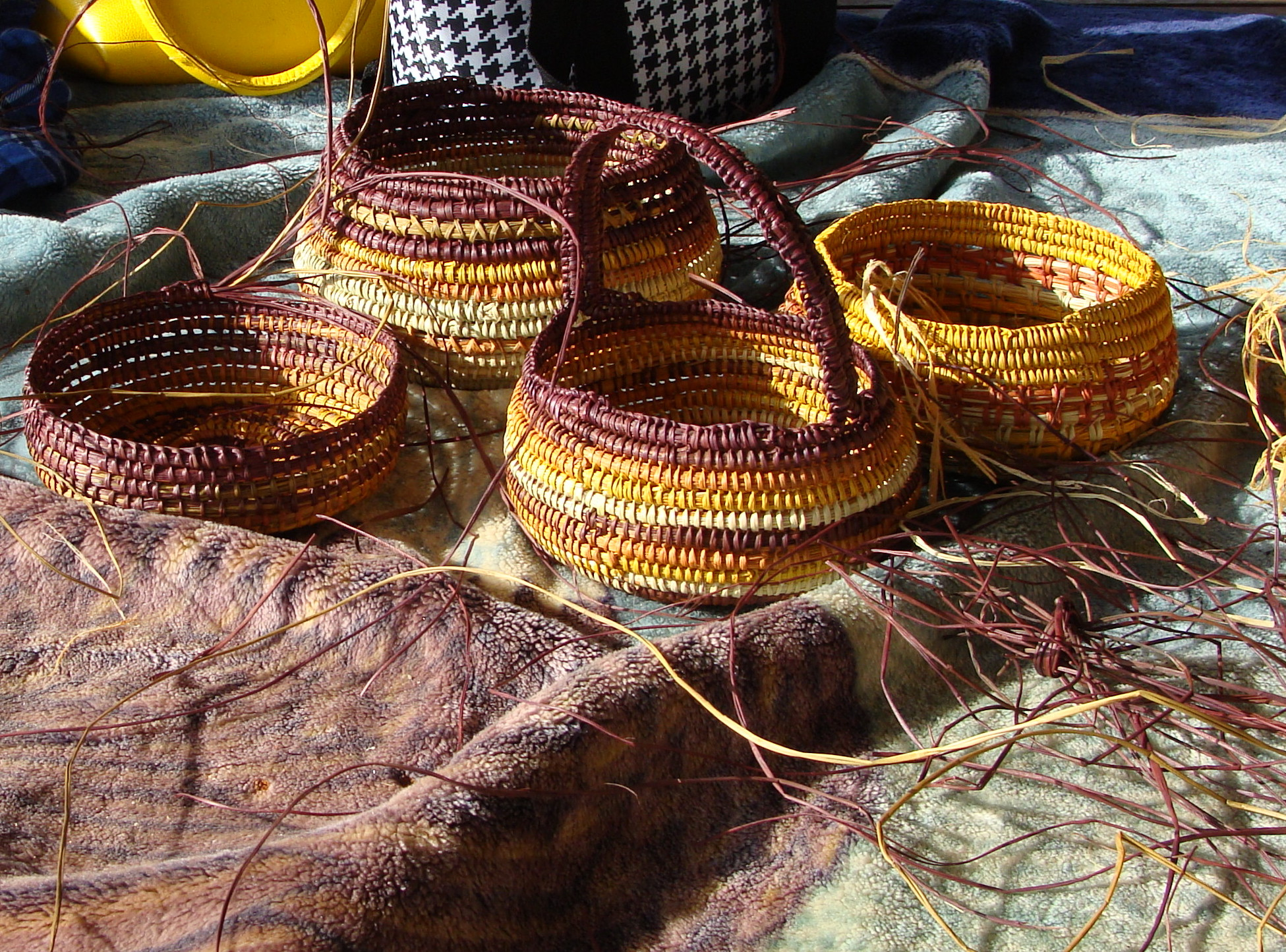 Traditional Aboriginal Basket Weaving : Aboriginal the culture classroom